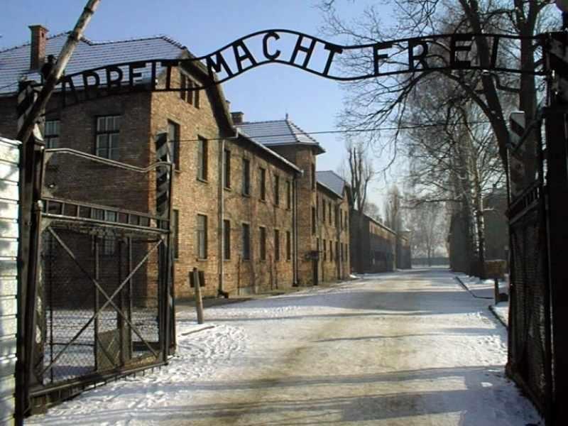 Treno delle memoria, studenti cortonesi in partenza per Auschwitz