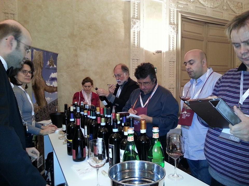 Anteprime di Toscana, la DOC Cortona si presenta col 'restyling'