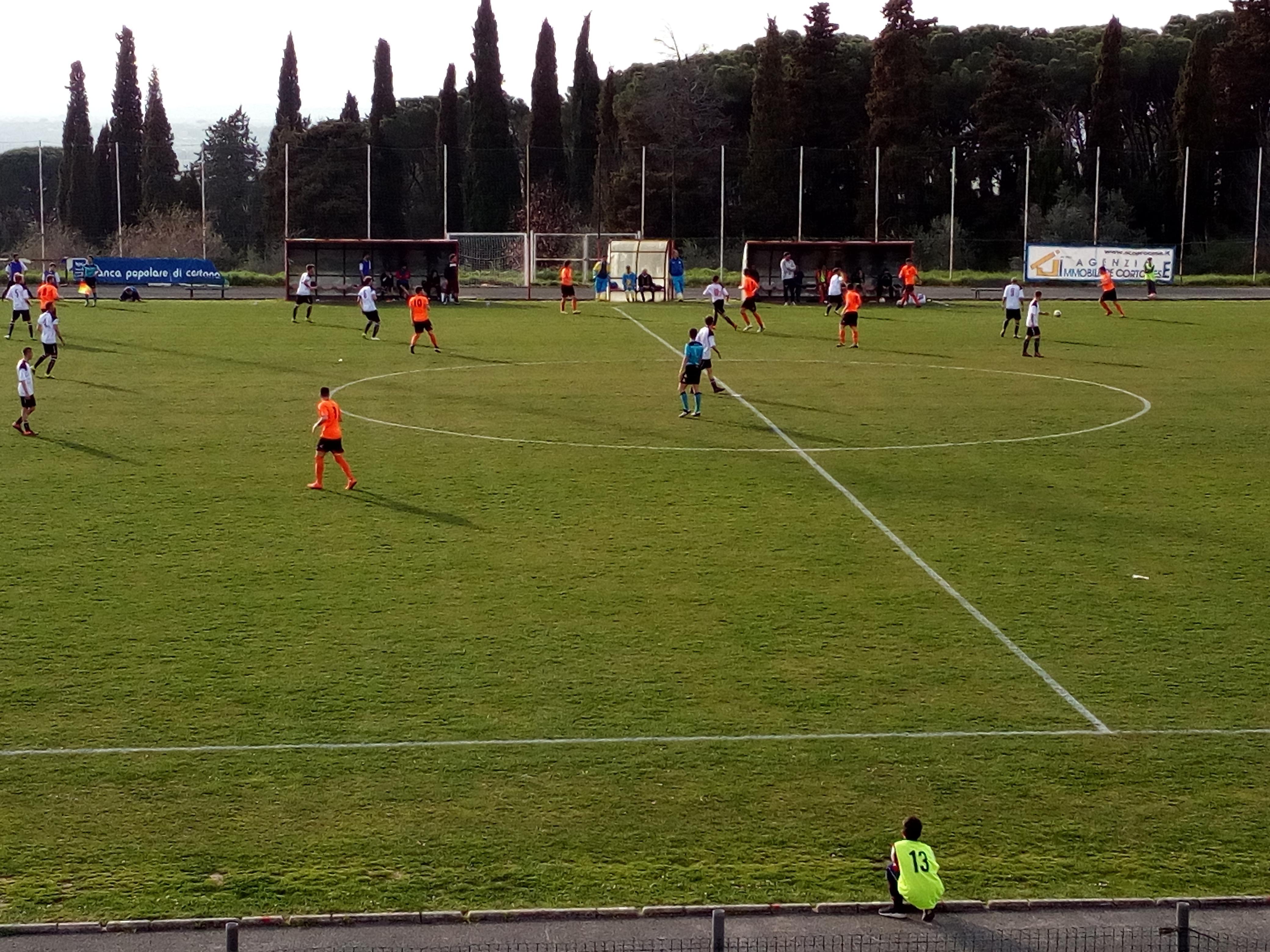 Cronache arancioni (14). Cortona - Castelnuovese 1 - 2, ma ci potrebbero essere sorprese