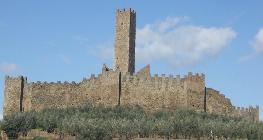 Campus universitario sulla valorizzazione del Castello di Montecchio