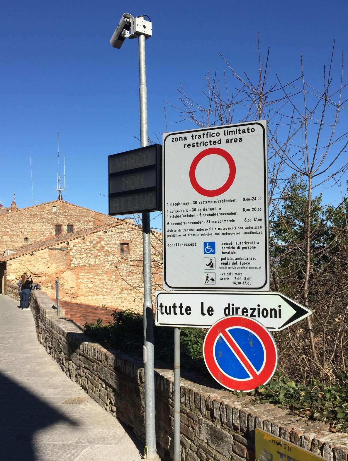 Via alla fase sperimentale nella nuova ZTL di Montepulciano