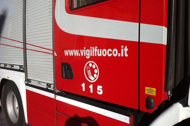 Tragedia a Vaglie, 85enne muore intossicata dall'incendio della canna fumaria