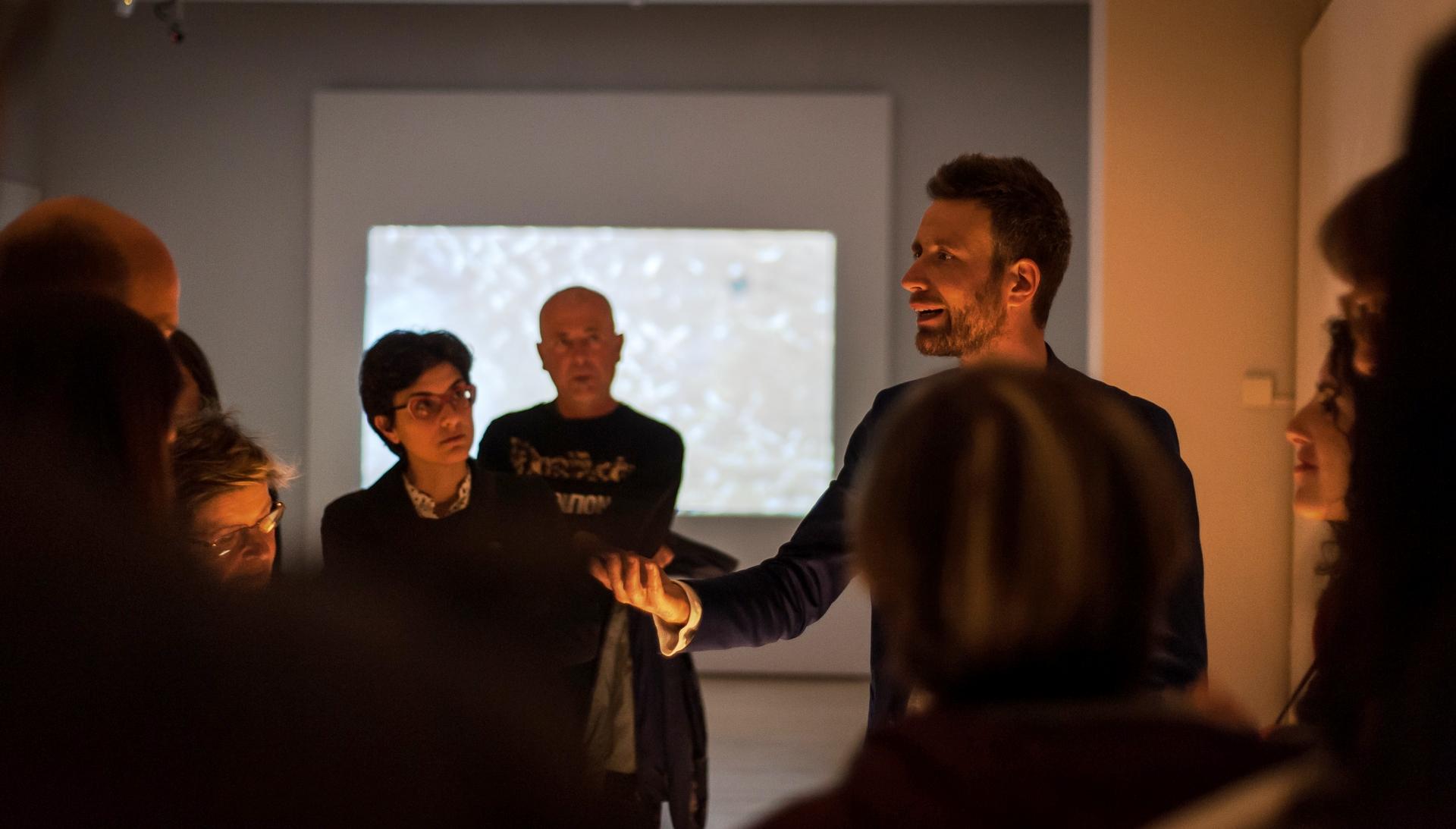 Prorogata la mostra del cortonese Roberto Ghezzi