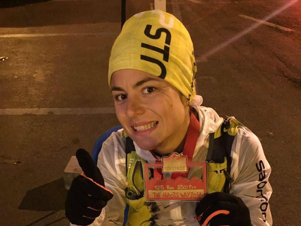 La foianese Caterina Corti terza all'Abbots Way Ultra Trail
