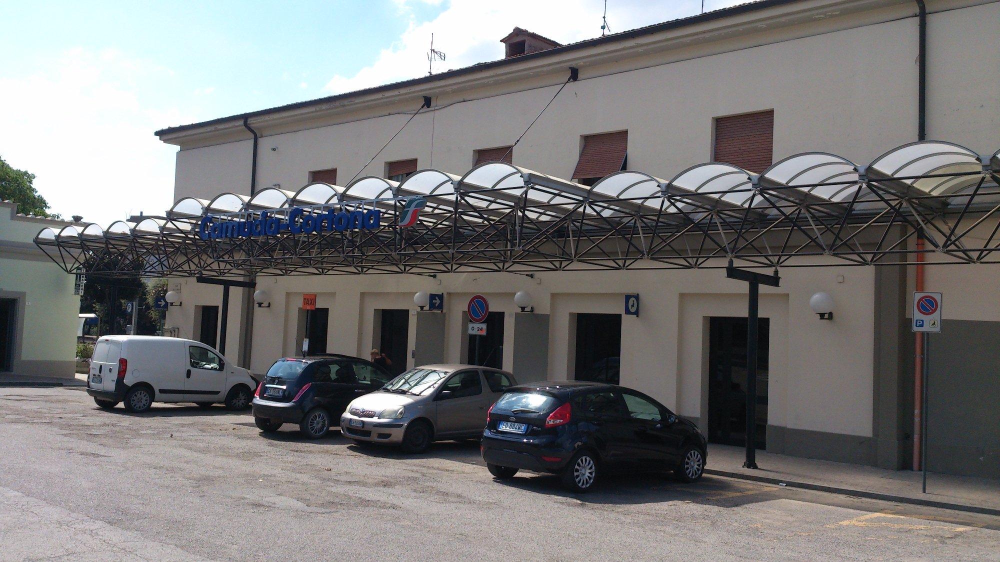 La Stazione di Camucia diverrà sede di Uffici Comunali, firmato l'accordo con RFI