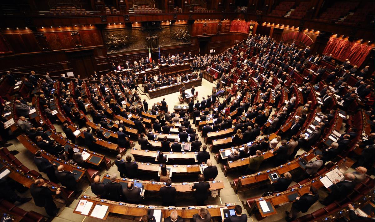 Napolitano, legge elettorale e... il timore di svegliare le masse