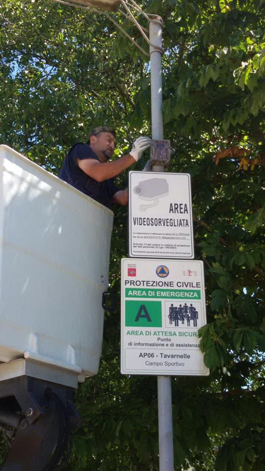 Cortona, installate le 'foto-trappole' contro chi abbandona rifiuti ingombranti