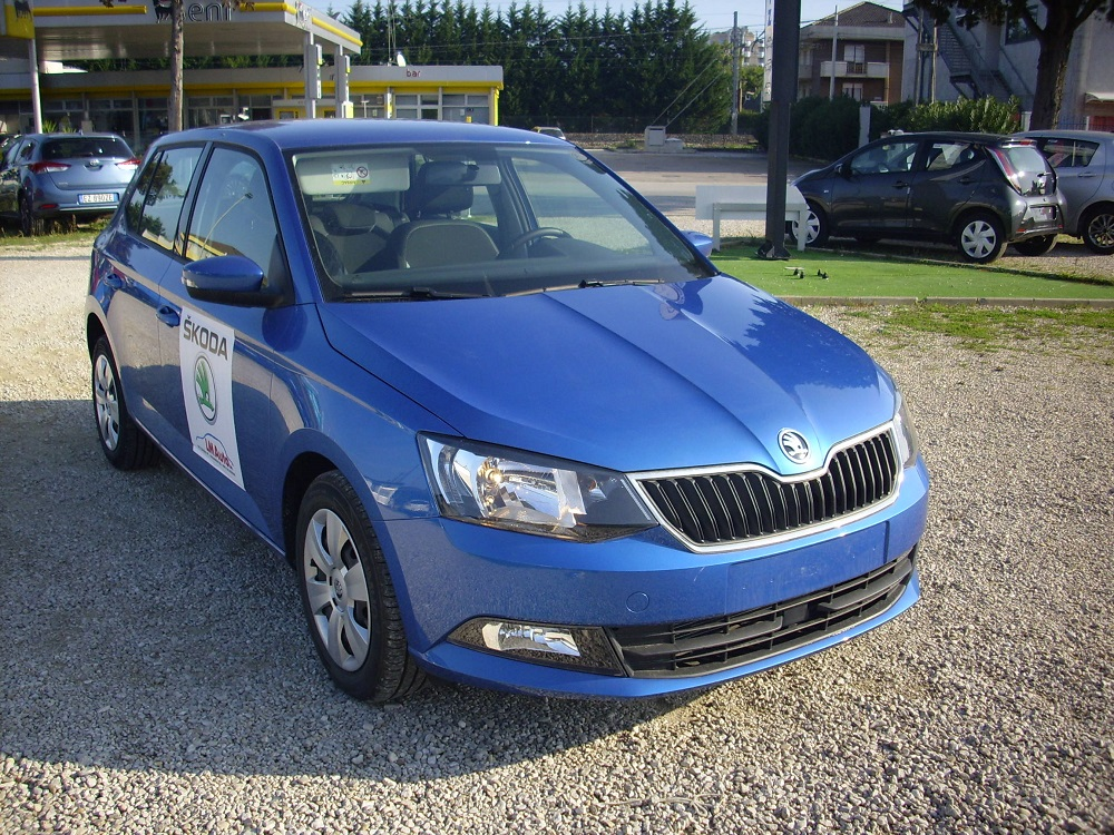test drive nuova skoda fabia valdichianaoggi. Black Bedroom Furniture Sets. Home Design Ideas
