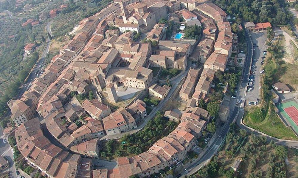 Lucignano: ecco gli incentivi del Comune per il commercio nel centro storico