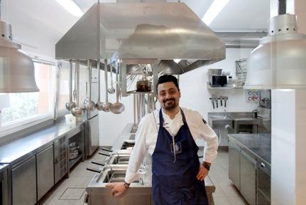 Salvatore Cioce giovane chef delizia i palati del ristorante Torre d'Argento dell'Hotel Torre di Cala Piccola di Porto Santo Stefano