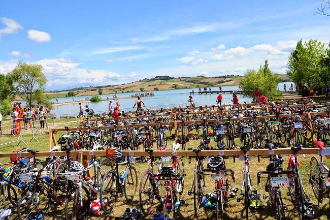 Guidelli trionfa al Triathlon del Lago di Chiusi