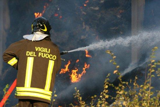 Incendio nella montagna cortonese, a fuoco 25 ettari