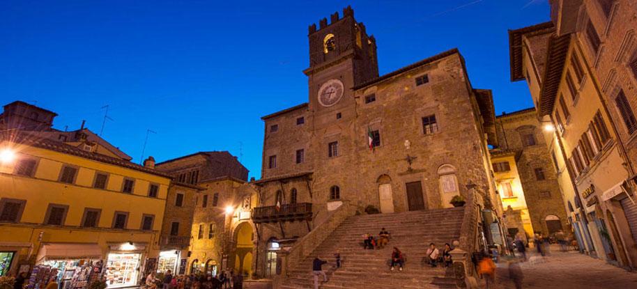 Furto in pieno centro a Cortona, Ascom chiede una videosorveglianza più efficace