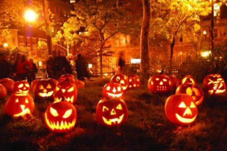 Boston e Parigi per Halloween Istanbul per il Ponte di Ognisanti