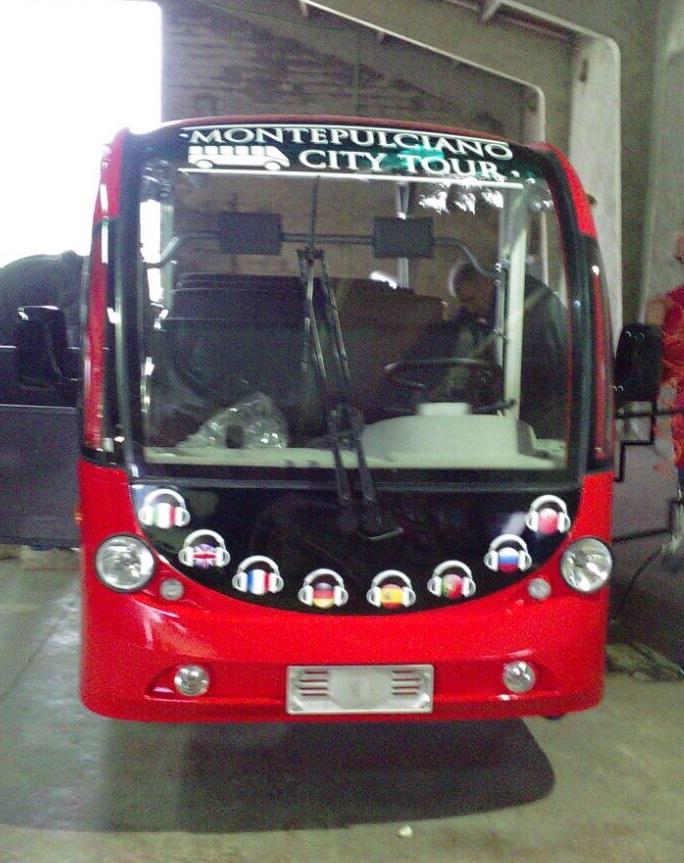 Minibus turistici a Montepulciano: via al servizio