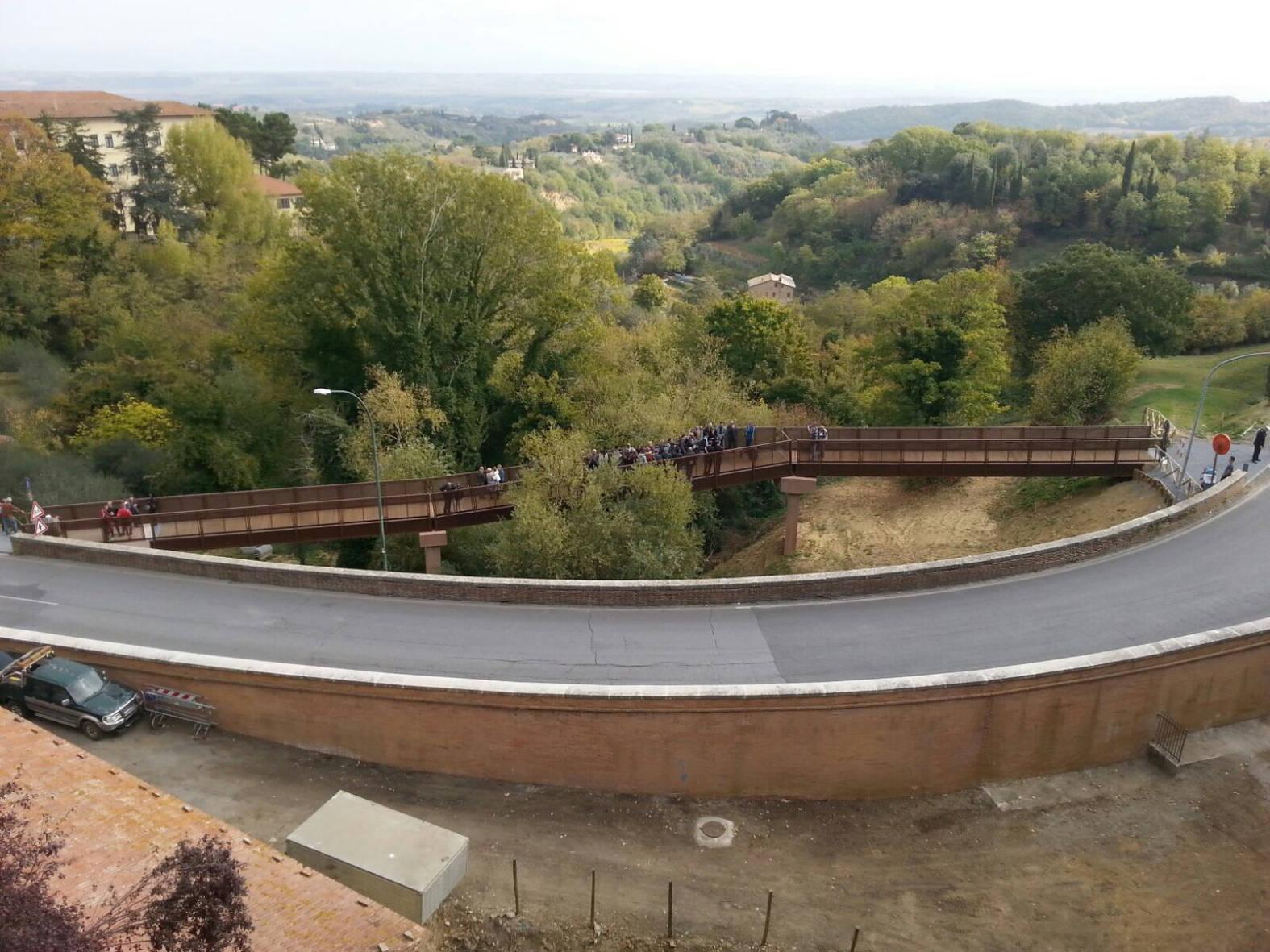 Montpulciano, inaugurata la passerella pedonale delle Fontacce