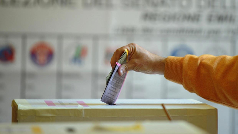 Le forze di sinistra contro la nuova legge elettorale e la Fiducia imposta dal Governo
