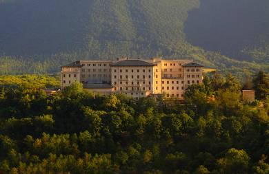 Autunno al Grand Hotel Palazzo della Fonte di Fiuggi per trattamenti al vino