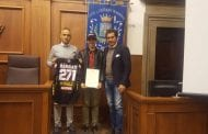 Consegnato riconoscimento a Morgan Bennati, campione di motocross