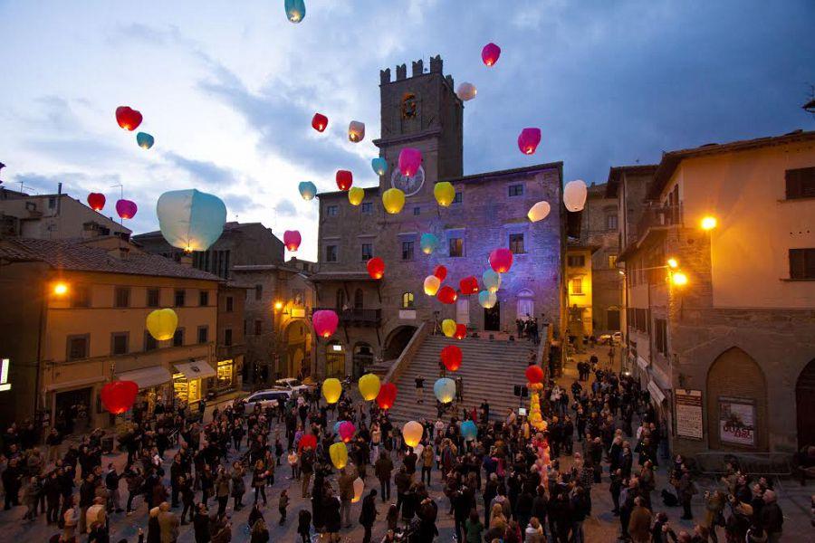 Natale a Cortona, l'occasione per tornare a essere diversi e migliori degli altri