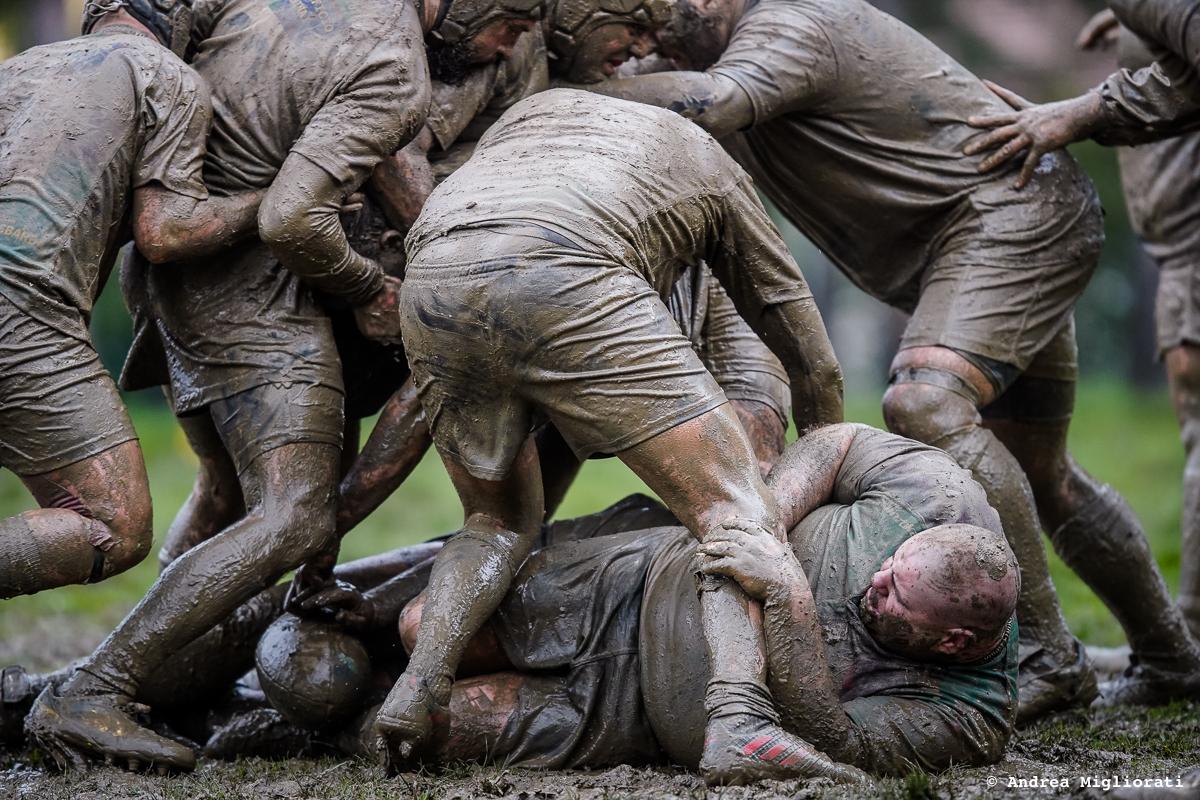 Rugby Clanis batte Livorno fra pioggia e fango