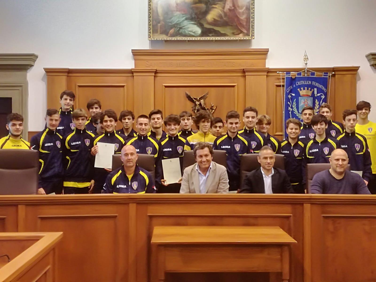 Gli Allievi della Castiglionese campioni provinciali ricevuti in Comune