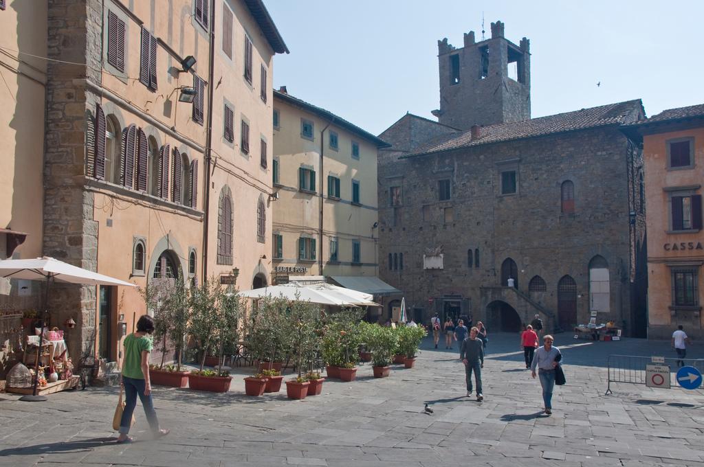 Cortona, ZTL su Piazza Signorelli, via alla fase sperimentale