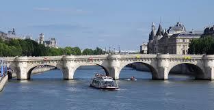 A Parigi per i sogni di mezza estate