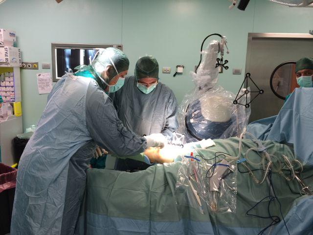 Protesi totale al ginocchio, nuovi sviluppi della robotica alla Fratta