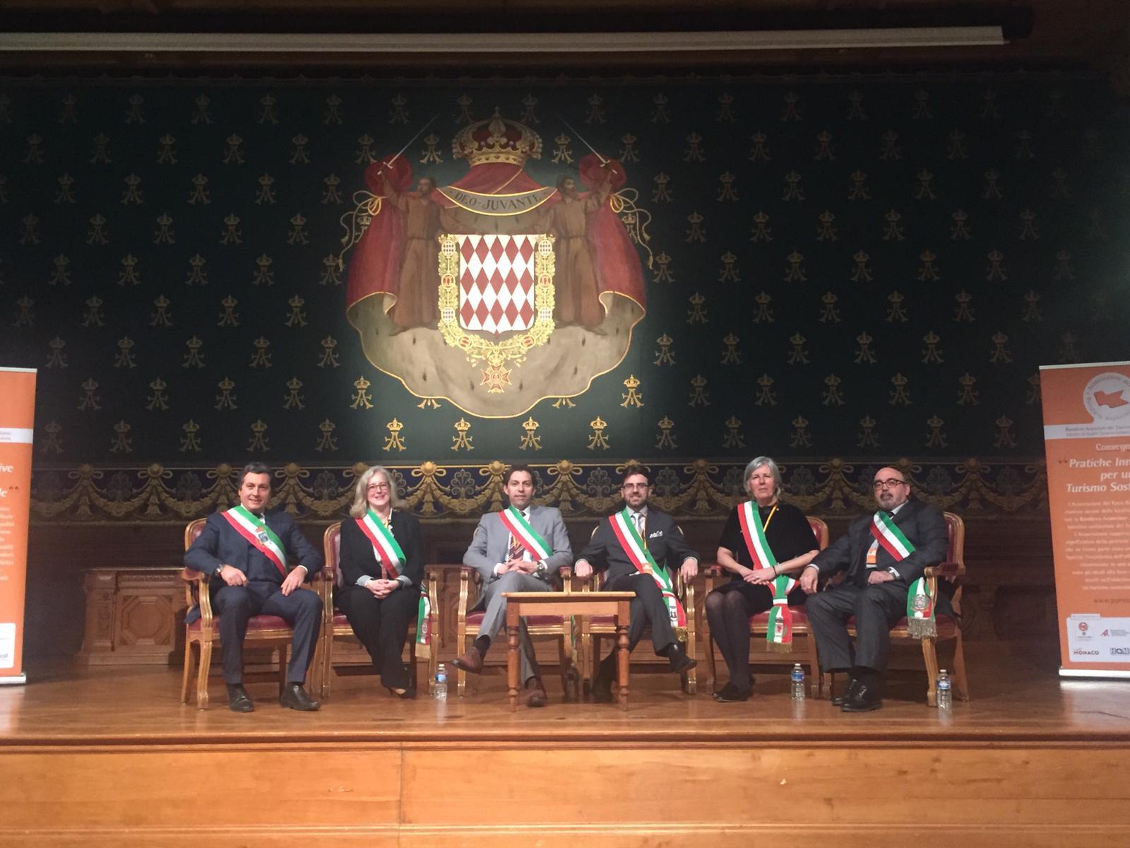 Castiglion Fiorentino presente a Montecarlo per il convegno dell'associazione Paesi Bandiera Arancione