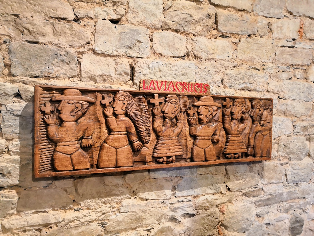 Alla Fortezza di Cortona, le sorprendenti sculture di Quintilio Bruschi