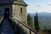 Conservare e valorizzare la Fortezza del Girifalco: sabato la presentazione del volume