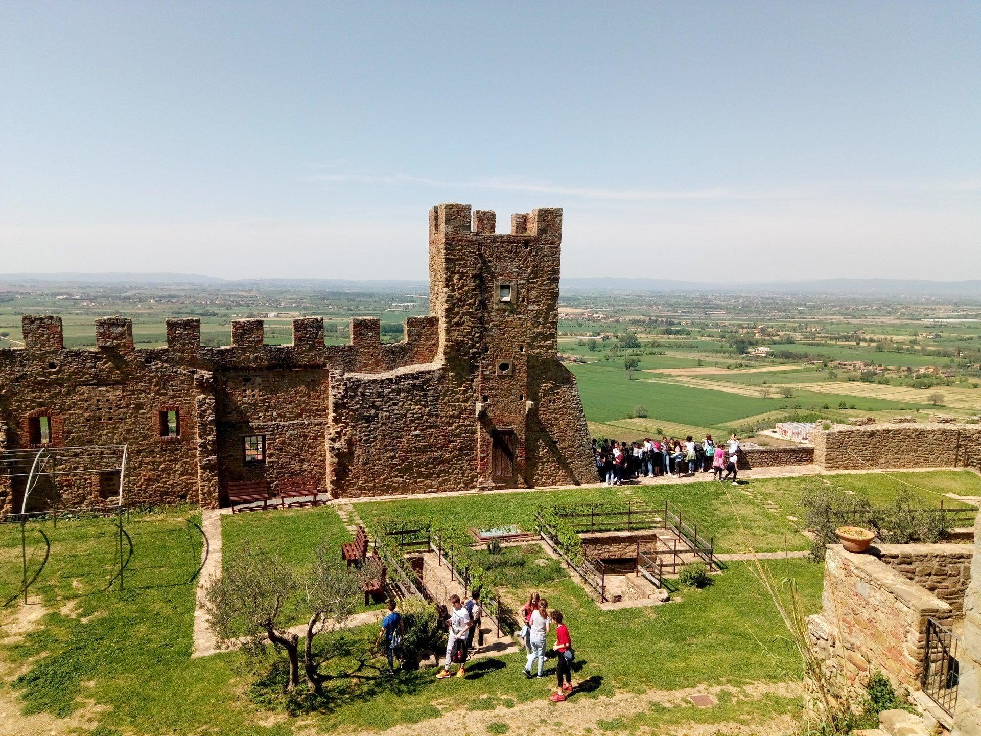 Ripartono le visite guidate al Castello di Montecchio