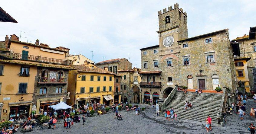 Centri storici, turismo, movida e spopolamento: rilanciamo qualche proposta