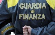 Abbigliamento contraffatto venduto on line: la Guardia di Finanza scopre