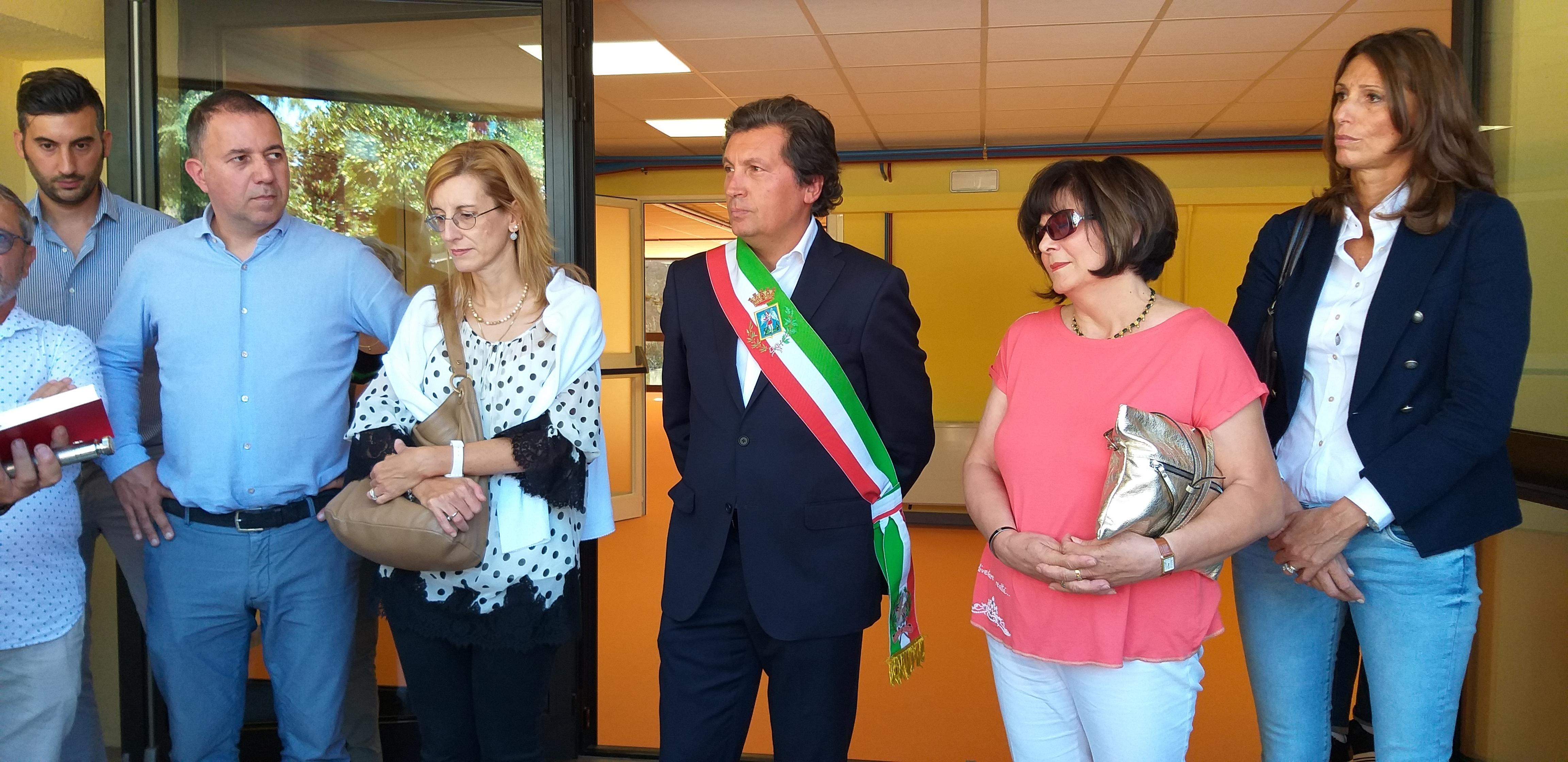 Dopo 24 mesi e oltre 800 mila euro d'investimento, risorse economiche del comune, è stata adeguata la scuola Brogi