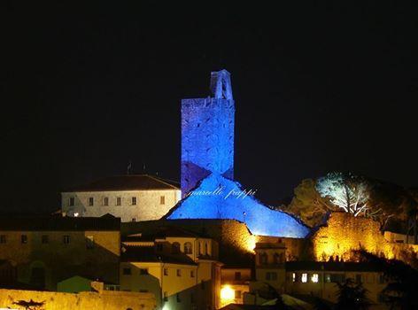 """Questa notte colorata di blu la Torre del Cassero per il progetto """"Go Blue"""""""