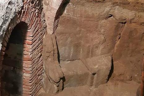 Una tomba etrusca nel centro storico di Monte San Savino. Nuova importante scoperta