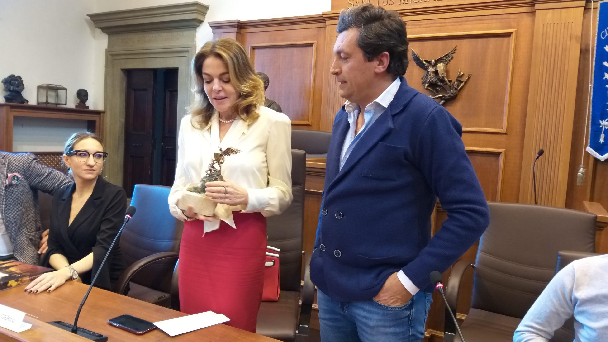 """Castiglion Fiorentino Città del Cinema. Claudia Gerini: """"accolta come una regina!"""""""