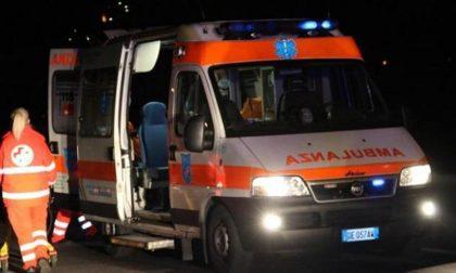 Furgone esce di strada a Fratta, morti 3 occupanti