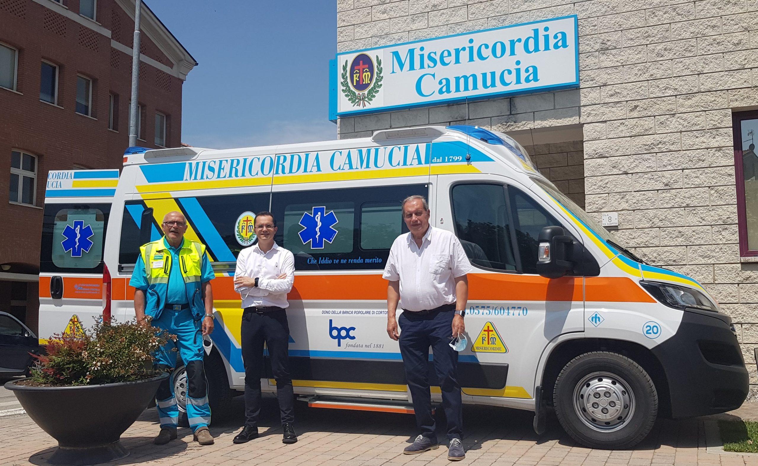 La Banca Popolare di Cortona dona una ambulanza alla Misericordia di Camucia
