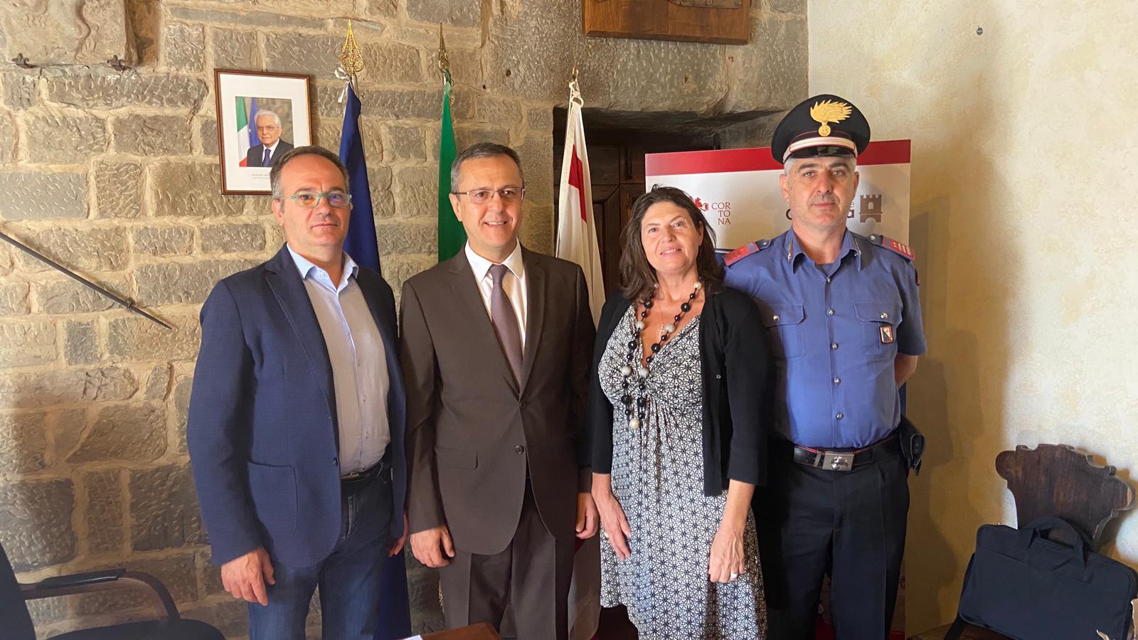 L'ambasciatore dell'Uzebkistan in visita a Cortona
