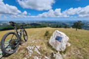 Active & wild a Frasassi experience