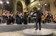 Concerto-evento di Capodanno in streaming. Musica e ospiti in collegamento dal Maec