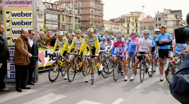 Venerdì passa la Tirreno Adriatico a Cortona: variazioni alla viabilità