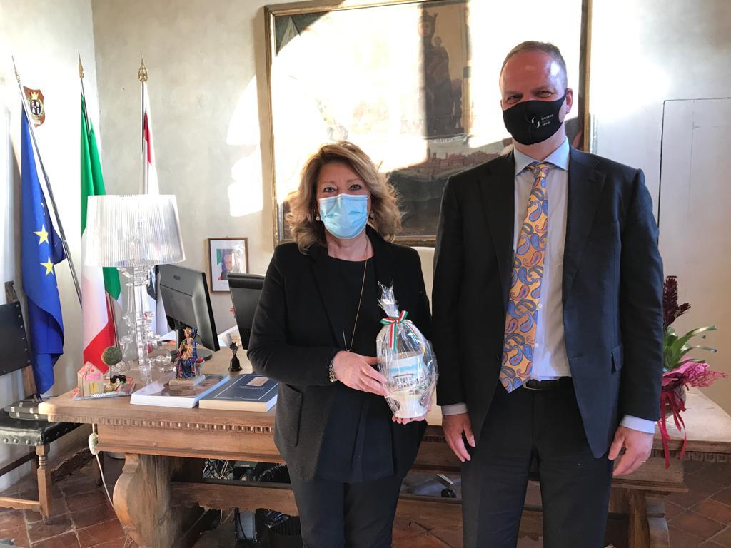 Il Direttore degli Uffizi Eike Schmidt in visita a Monte San Savino