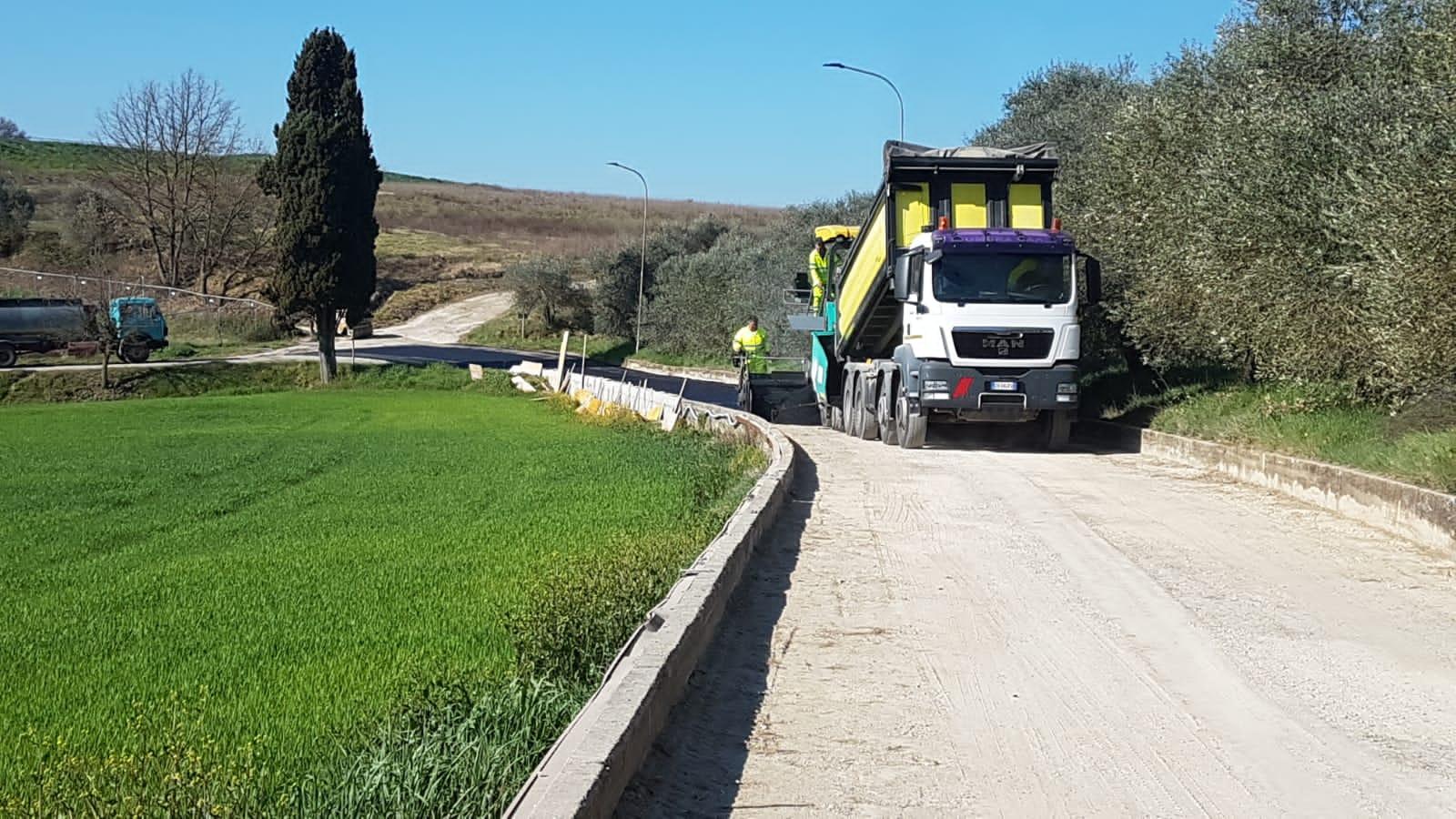 Strada comunale di Manzano, lavori in corso a carico dei privati