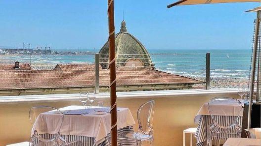 A Viareggio apre il ristorante Maitò