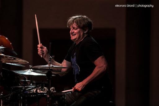 Il batterista Jim Black special guest alla Fortezza del Girifalco per Cortona Jazz 2021